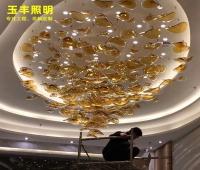 大型酒店灯玻璃琉璃装饰长吊灯设计异型非标叶子售楼部大堂树叶灯